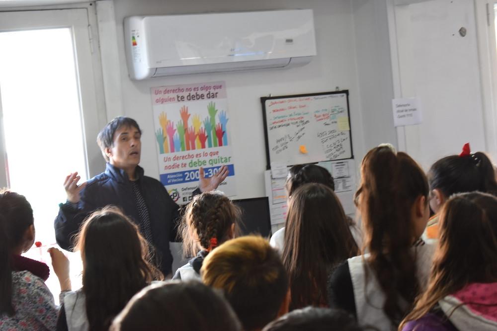 Los niños y niñas visitaron las instalaciones de la Defensoría del Pueblo de Lanús