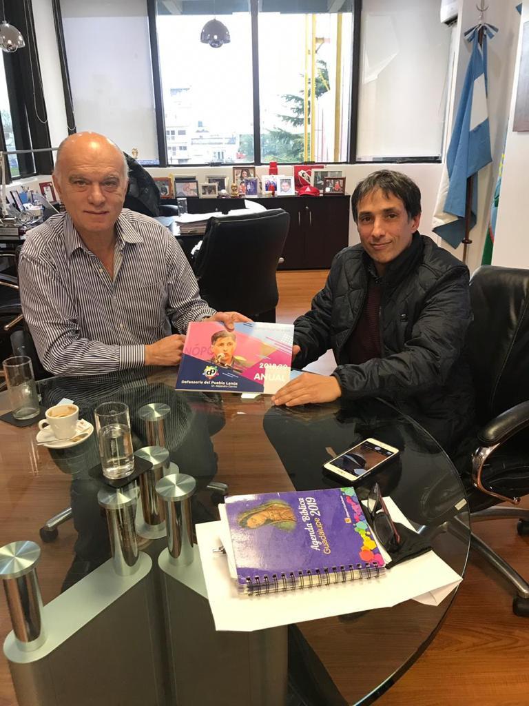 El Dr. Alejandro Gorrini entregó el Informe Anual 2018/2019 al Sr. Intendente de Lanús Nestor Grindetti