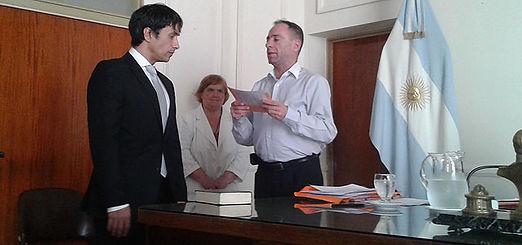Jura el Dr. Alejandro Gorrini como Primer Defensor del Pueblo de Lanús.