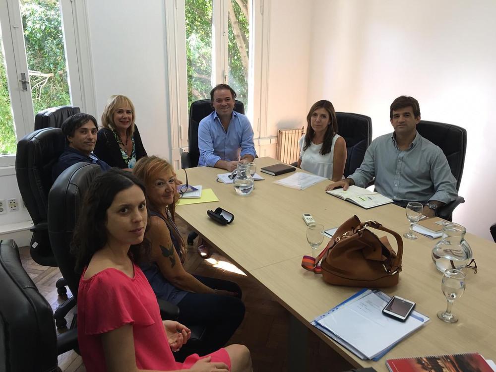 Integrantes de ADPRA y el Consorcio de Defensores del Pueblo Municipales de Buenos Aires se reunieron en la Agencia Nacional de Discapacidad