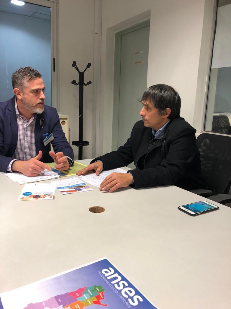 El Defensor del Pueblo de Lanús, Dr. Alejandro Gorrini, se reunió con el gerente de ANSES Lanus, Lic. Christian Urreli, para articular el trabajo que vienen realizando ambas instituciones