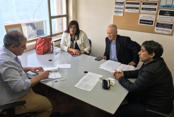 Los Defensores del Pueblo de Santa Fe, Lanús y la Matanza se reunieron con Marcelo Fernández, representante de la Secretaría de Deportes de la Nación