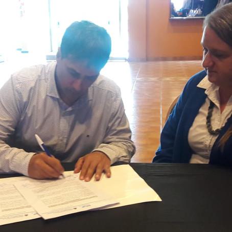 Gorrini firmó un convenio de colaboración con el Ministerio del Interior a través del INCaP