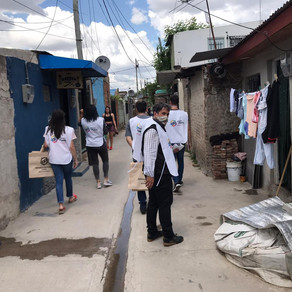 El Defensor del Pueblo de Lanús, Alejandro Gorrini, recorrió el barrio Los Ceibos.