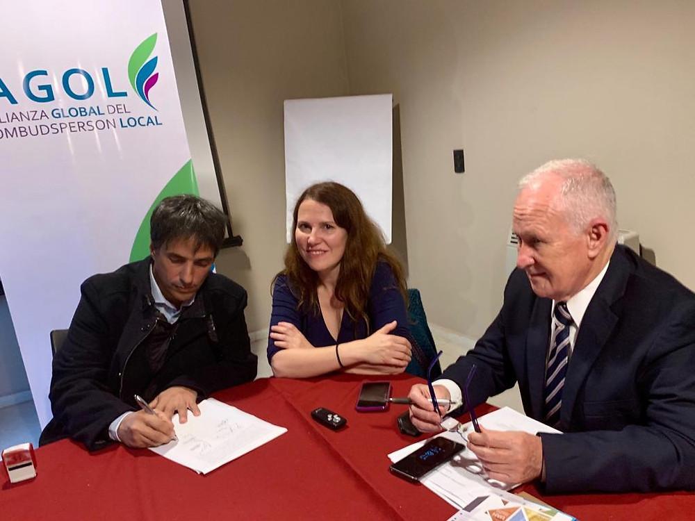 El Defensor del Pueblo de Lanús, Alejandro Gorrini, rubricó el acta en representación de la Defensoría del Pueblo Lanús.