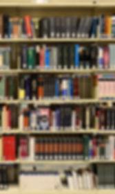 library-1147815_1920.jpg