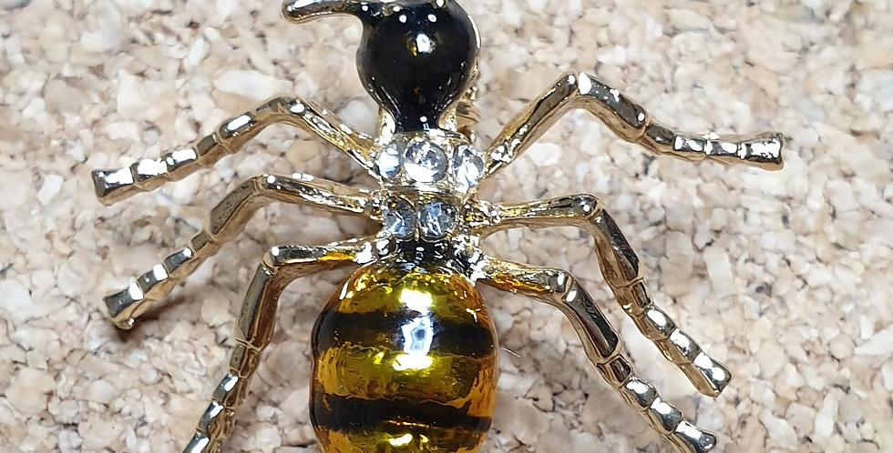 Honeypot Ant Brooch - Gold