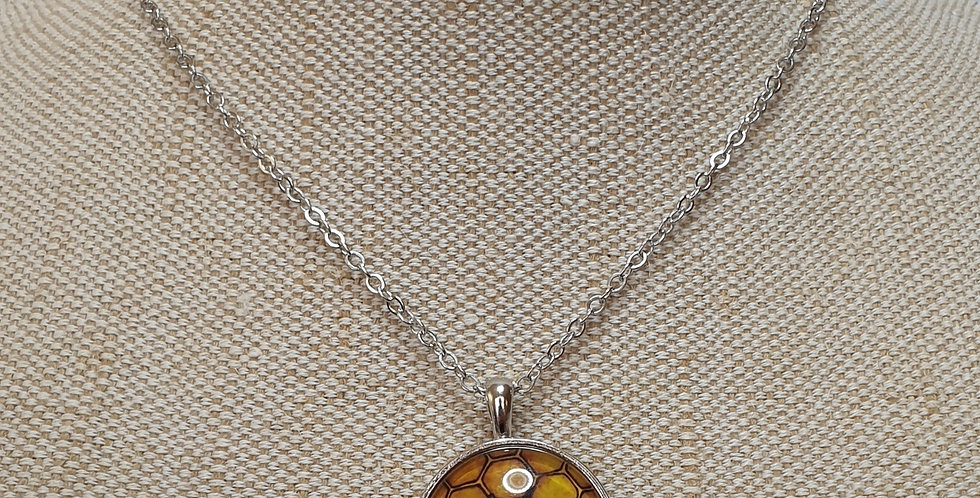Bee Drawing Necklace - Silver