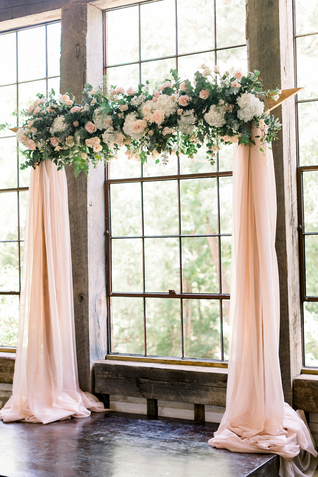 Pink and Blush Ceremony Flowers