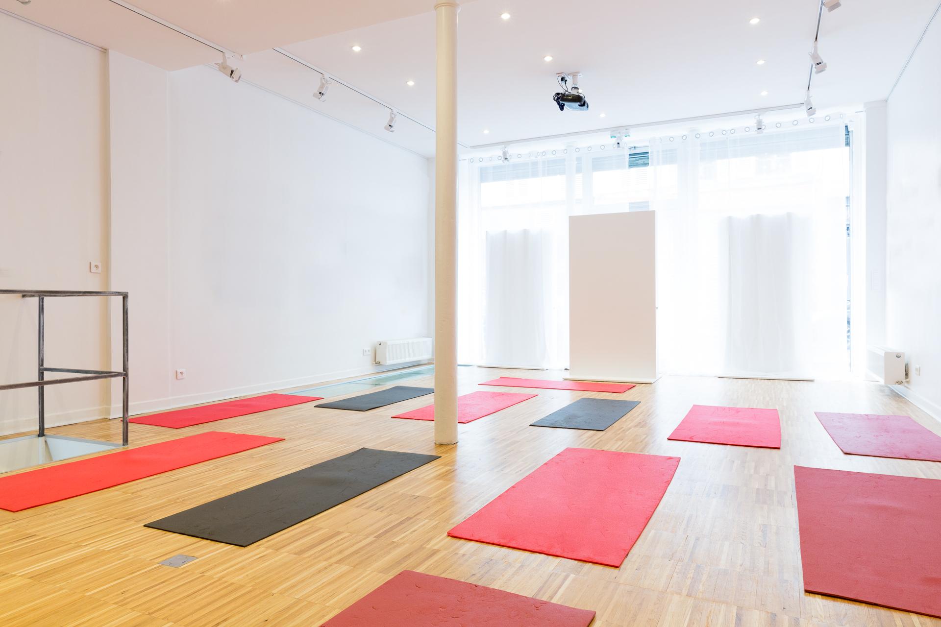 yoga_94B7659-Modifier