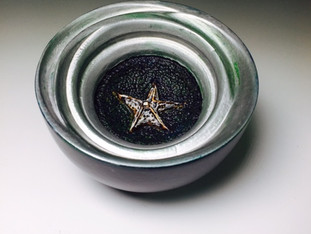 Silver Starfish Wobble Bowl