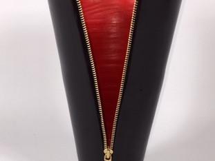 Pretty Woman Zipper Vase