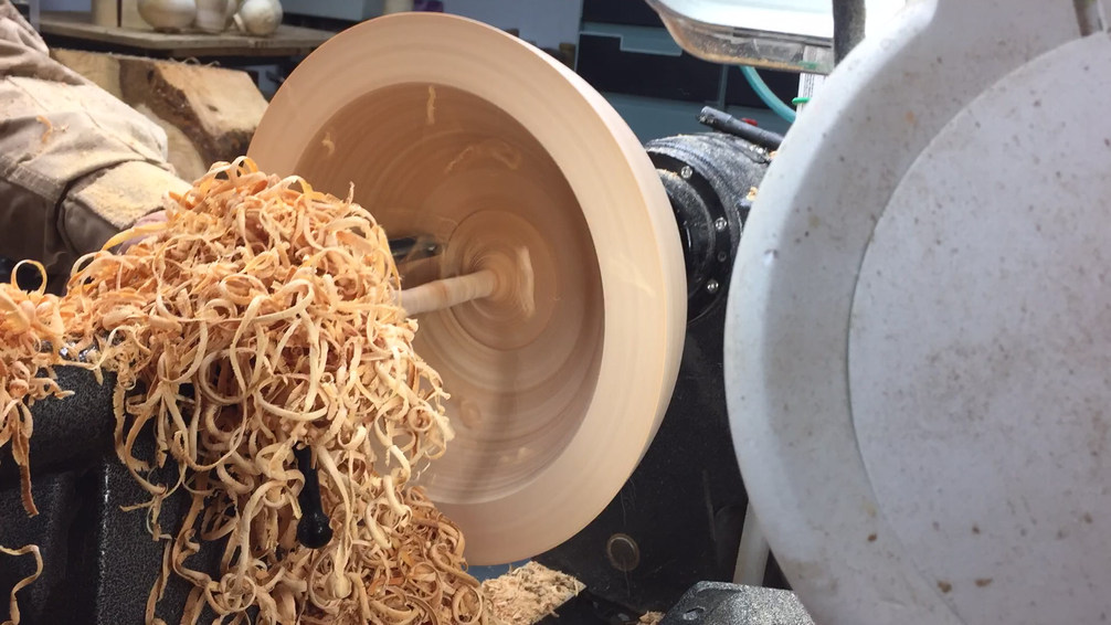 Turning a bowl