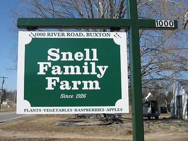 Snell Family Farm sign in Buxton