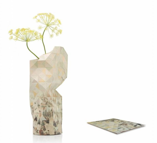 These Paper Vase Covers Beautify Any Old Plastic Bottle