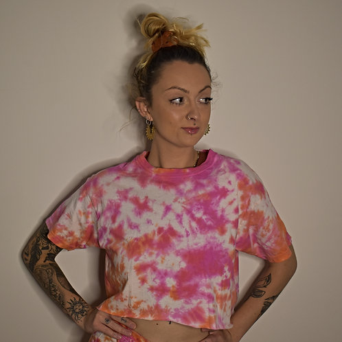 The Love Heart Cropped Tee