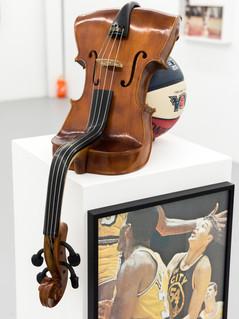 Untitled, Viola