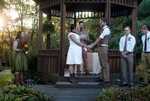 athens ohio wedding photographer vows
