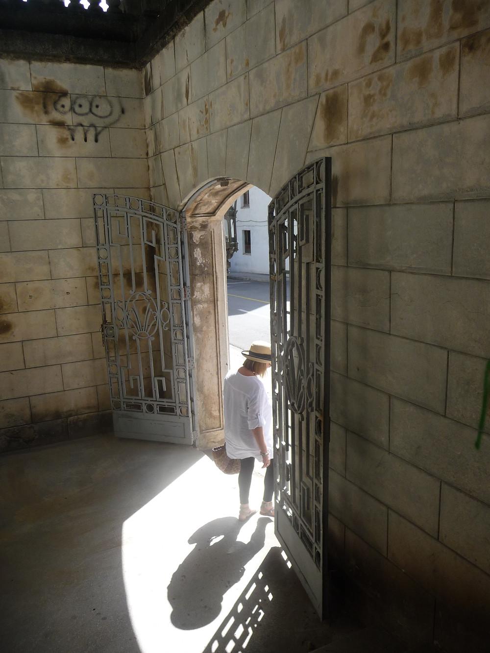 Leaving Univ. of Havana