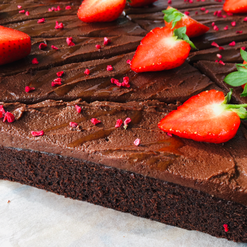 Rich Chocolate Fudge Cake 4 sices