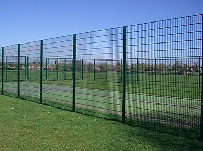mesh-panel-fencing-868-green-basildon-es