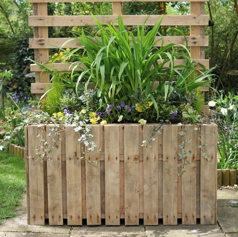 Upcycled Pallet Planter.jpg