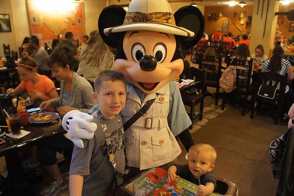 Safari Mickey.jpg