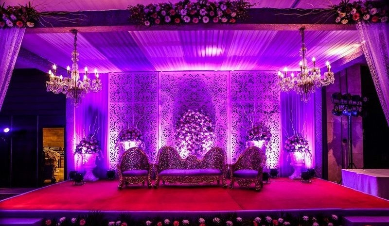 Wedding-Reception-Stage-Decoration-Ideas
