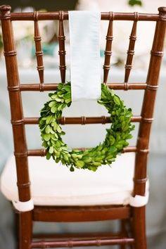 Boxwood Wreath Chiavari