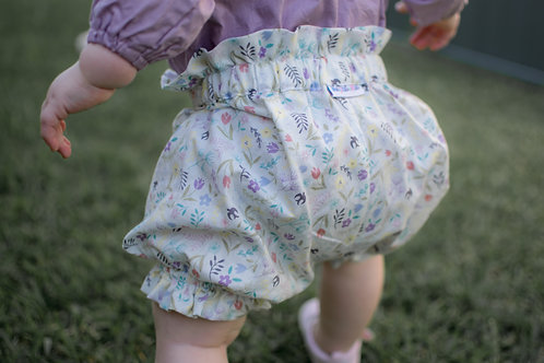 MelyndaMade Handmade Bloomers White Floral