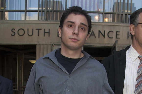 Man who killed mom wants to get paid from her life insurance