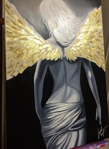 Anděl se zlatými křídly
