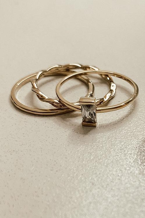 Delicate Baguette Ring Set