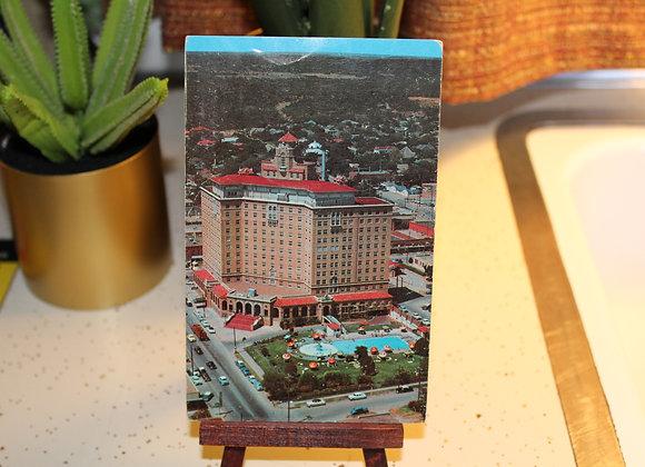 Vintage Post Card - Mineral Wells Baker Hotel