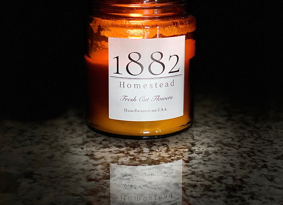 1882 Homestead Hand Poured Soy Candle-Fresh Cut Flowers