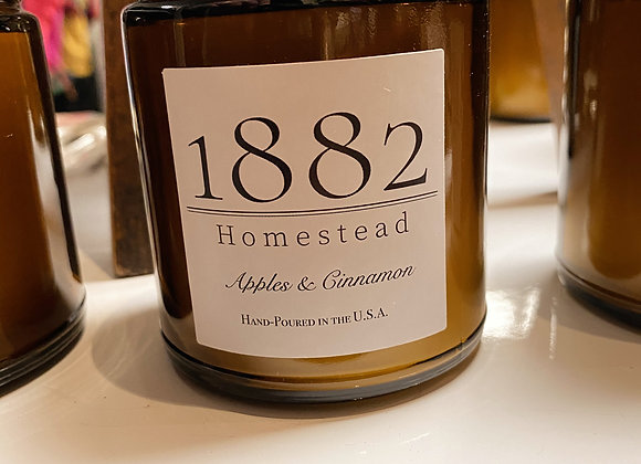 1882 Homestead Hand Poured Soy Candle- Apples & Cinnamon