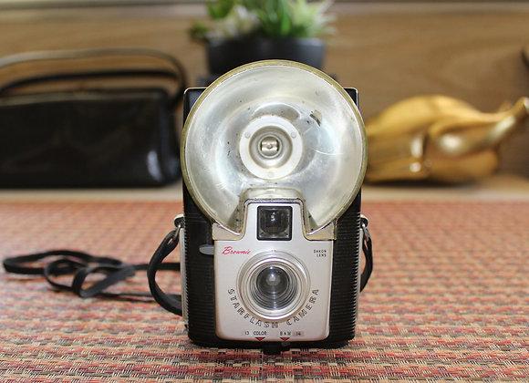 Vintage Kodak Brownie Starflash Camera; made between 1957 and 1965
