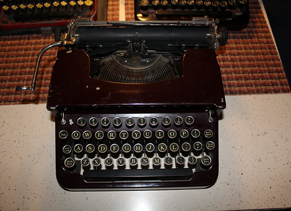 Brown Vintage Type Writer-working condition