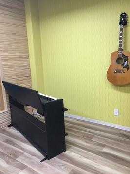 ピアノとギター