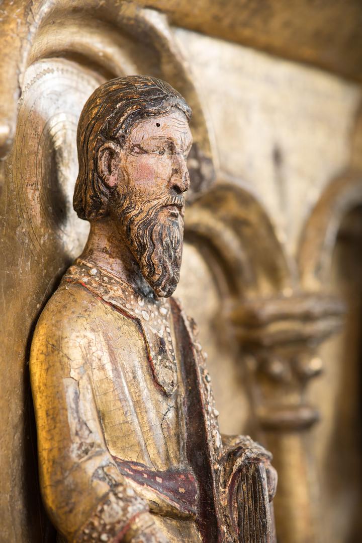Détail / chasse reliquaire XIIIe siècle