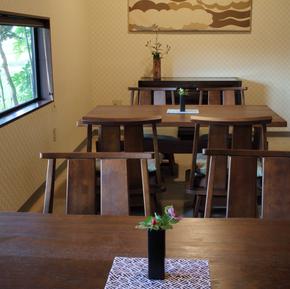 日本料理と蕎麦 魚哲 新潟県長岡市 コース料理 会食 手打ち蕎麦 テーブル席