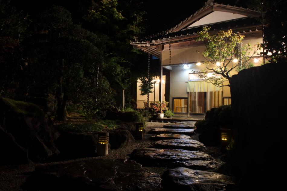 日本料理と蕎麦 魚哲 新潟県長岡市 コース料理 会食 手打ち蕎麦 店舗写真 ウェブサイトOPEN