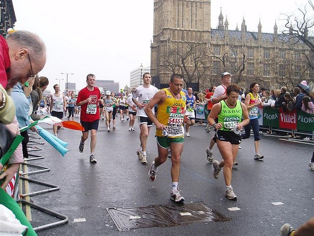 8e199b01d6d38 Here at Secret London Runs, we've had numerous runners join our guided  tours that have taken the plunge and signed up to the elusive London  marathon.