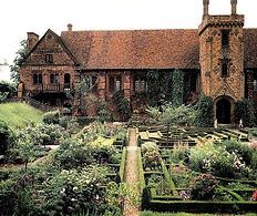 hatfield house 1.jpg