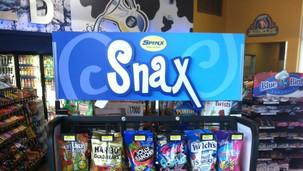 Spinx Snax Indoor Display