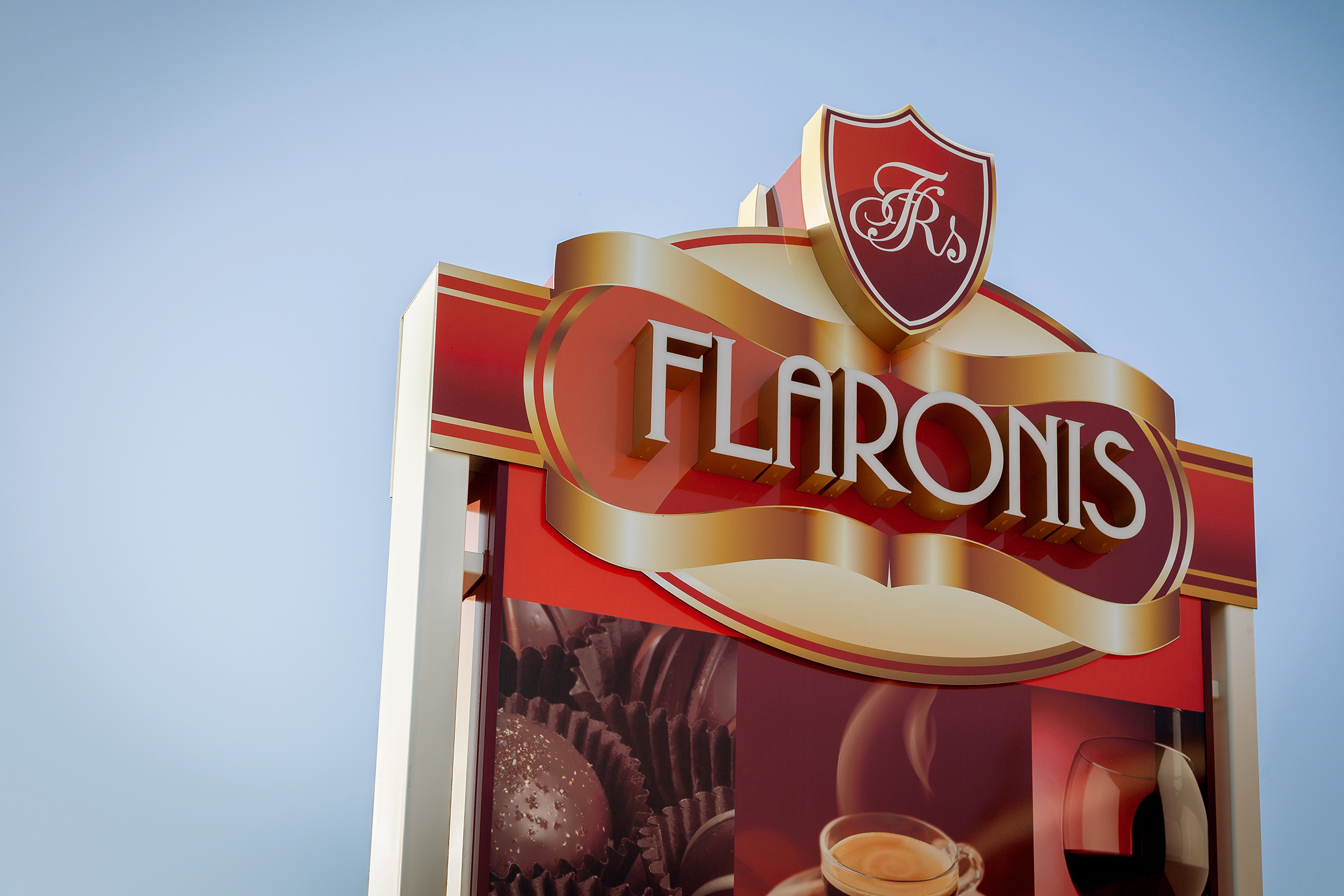 flaronis.jpg
