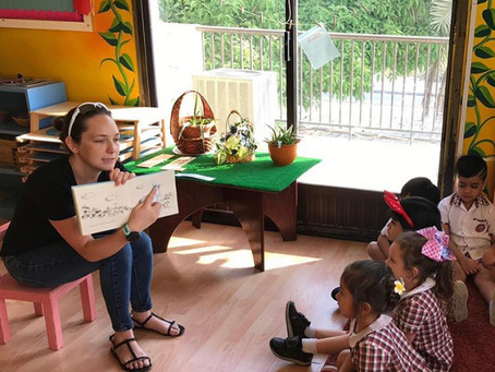 Reading books aloud at home with your child/ children