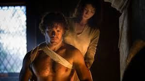 outlander-claire-nurse-in-past