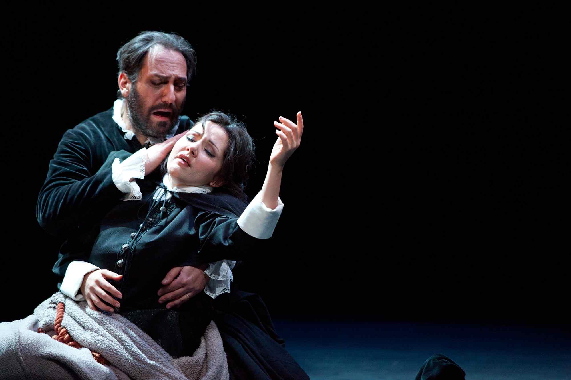 Rigoletto Hewitt
