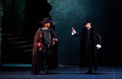 Rigoletto Va! Regia Hewitt.jpg